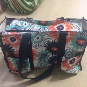Thirty one carry all bag